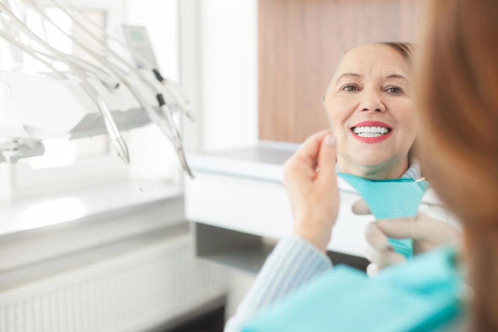 Показания для установки коронки на зуб